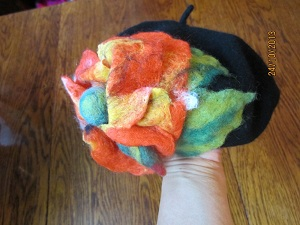 как украсить берет, шапку