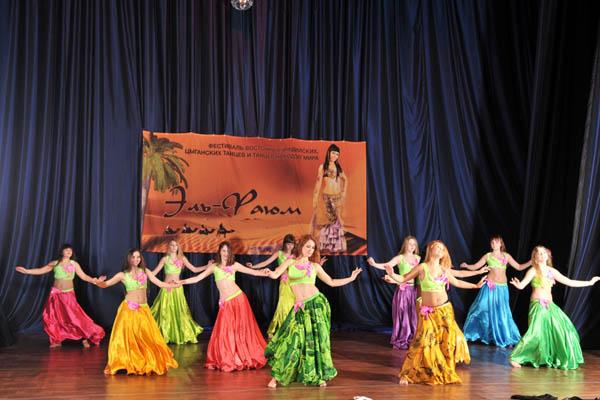 сценические костюмы для танцев для ансамблей