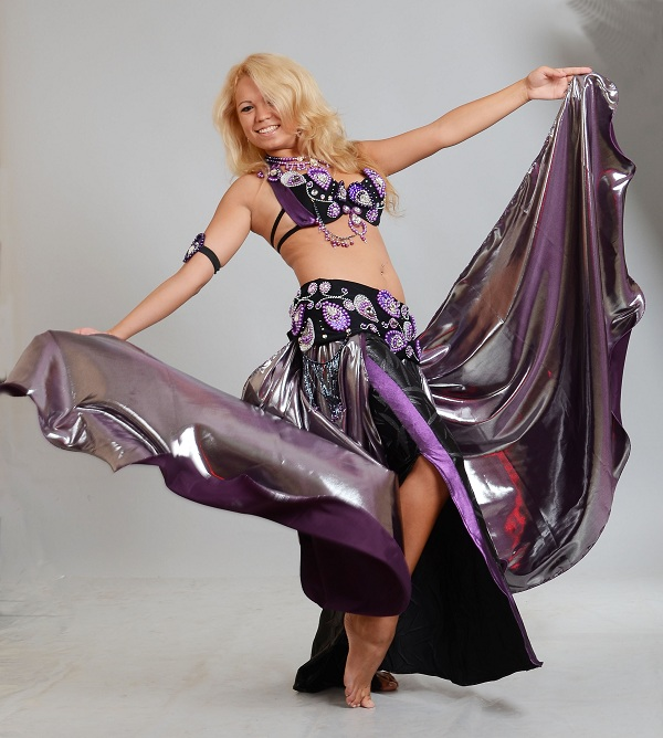 Buy oriental costume for belly dance
